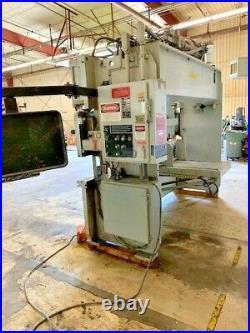 90 Ton x 10' Pacific Hydraulic Press Brake, M# J 90-10, 10 Ga x 10', New 1988